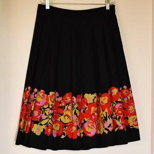 EUC Izaac Mizrahi Size 6 Border Print Skirt